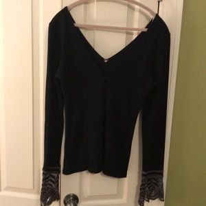 FREE PEOPLE fitted thermal w/ lace cuffs